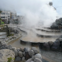日本一長い105m足湯~湯棚~