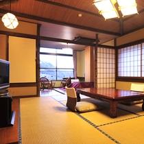 *客室一例/昔懐かしい雰囲気の二間の和室で、ゆっくりとお寛ぎください。