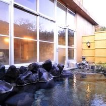 *山の湯/自家源泉は伊豆でも屈指の良質な温泉!すべてのお風呂で源泉かけ流しです。