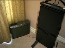 全室標準装備の空気清浄機・ズボンプレッサー