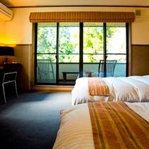 メゾネット寝室
