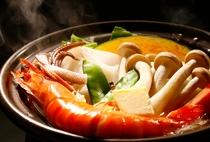 春・夏はお料理に海鮮陶板焼きを提供しています
