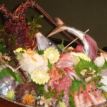 【夕食一例】「これが五島だ!」と感じていただける獲れたて海の幸をご提供