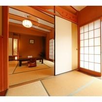 離れは12.5畳と5.5畳からなる大部屋