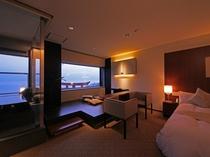 ホテル一の眺望を誇る「展望風呂付きスーペリアルーム」