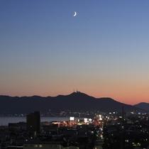 ■山側客室からの眺望(夜)