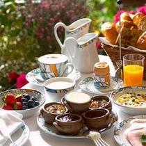 *朝食(コンフィチュール)