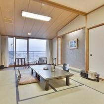 【センターウイング館 和洋室44平米】海を眺めて畳でゴロ~リしちゃいますか?