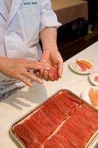 和洋中バイキングディナー時 料理パフォーマンス お寿司