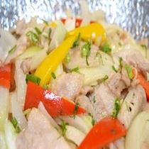 ◆【朝食】ご当地メニュー『玉ねぎと豚肉の塩炒め』