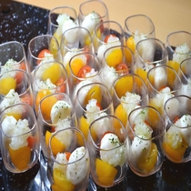 ◆【朝食】『モッツァレラチーズとトマトの玉ねぎマリネ』