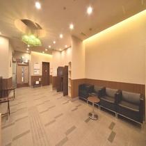 ◆【館内施設】1階ロビー