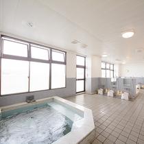 ★展望浴場「千代の湯」★ 31番札所五台山と土佐湾が眼下に湯浴をお愉しみ下さいませ。