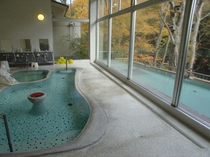 秋・文殊湯内湯と野天風呂