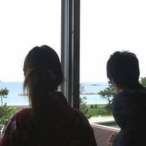 海側のお部屋からは太平洋が眺められます。