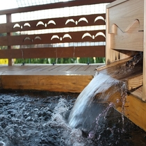 檜香る貸切風呂