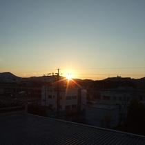 *お部屋からの景色:朝日