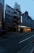 新ホテル外観1