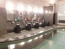 ■女湯■お客様の声にお答えして女性用浴場には5種類のメーカーのシャンプー・リンスをご用意しております