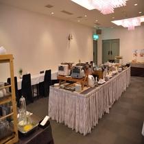 朝食会場『エクセレント』営業時間7:00~9:30