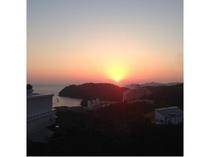 お部屋から見える日の出