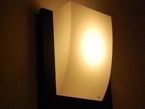 7号室のお部屋のライト。