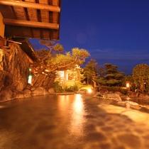 ■4階庭園露天風呂