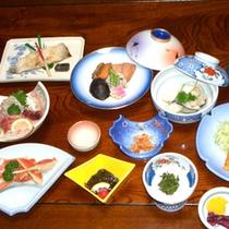 *夕食一例<お料理10品目コース>