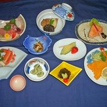 *夕食一例<お料理9品目コース>