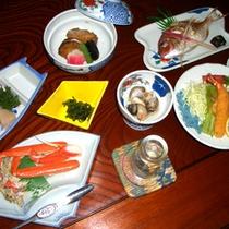 *夕食一例<お料理8品目コース>