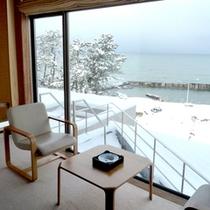 *白く雪化粧をした冬景色/美しく雪化粧をした景色を