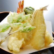 天麩羅:海老と山菜
