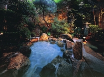 ▲ 庭園貸切露天風呂