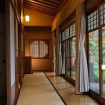◇【別邸/菊の間】畳敷の廊下