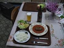 ハンバーグ。滞在のお客様*工事等ビジネス滞在夕食対応可!