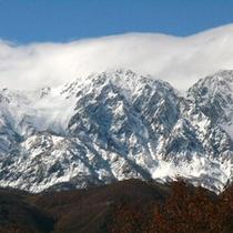 *雄大な山々に囲まれた白馬。年間通して自然をお愉しみいただけます♪