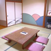 【客室一例】畳の良い香りに包まれて・・・♪
