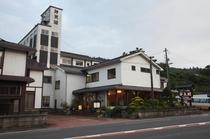 当館は国道47号線、「鳴子温泉」の入口に位置しておりお仕事でのご利用にもぴったりです