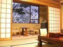【桜を眺めて温泉旅】桜は例年4月中旬から下旬が見頃に。お部屋と温泉でどうぞ【室数限定】