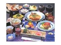 旬御膳(季節の天婦羅・旬のお造りなどがついた贅沢御膳)一例