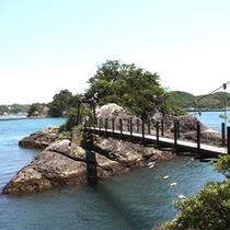 つり橋が架かる雁島