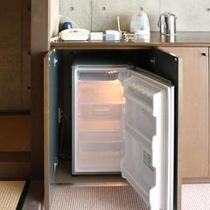 冷蔵庫(和室)