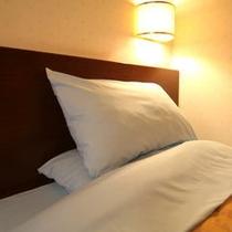 全室に硬さの違う2種類の枕を配置しています。