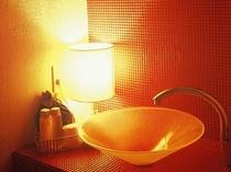 「紅柄」 情熱的な赤を基調としたお部屋
