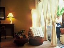 「瑠璃」 神秘的な青を基調としたお部屋