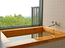 客室檜風呂225*300