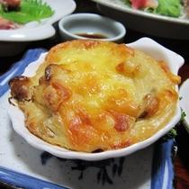 夕食 一例 ≪女将の手作りグラタン≫ ※日によってピザへ変更になります。