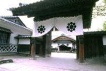 会津武家屋敷 (当館より車で2分)