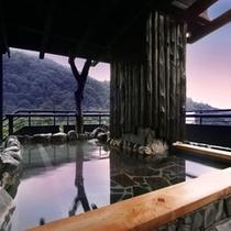 絶景展望露天風呂 城下町に沈む夕日を湯に浸かりながら・・・