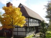 秋の宿泊棟